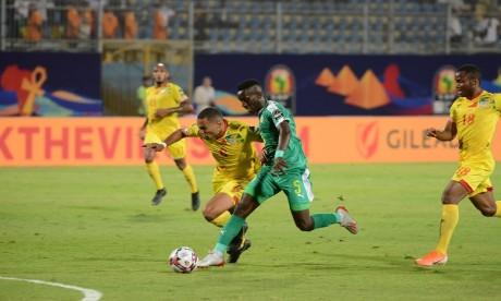Le Sénégal transperce le rideau défensif des Écureuils, le Nigéria expulse les Bafana Bafana