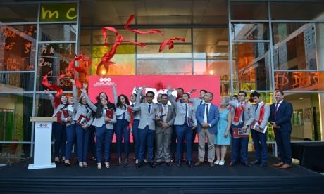 L'école belge célèbre sa première promotion
