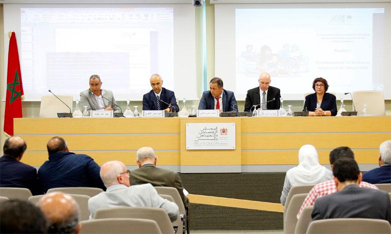 Le CESE exhorte les collectivités territoriales à prévoir un budget spécial pour la promotion de la lecture