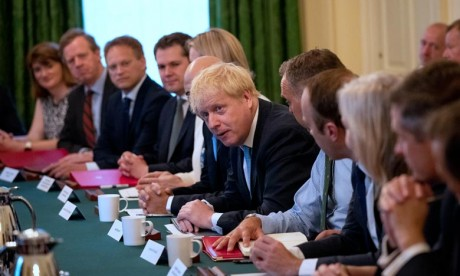 «Depuis que l'accord a été trouvé, 61% des députés européens ont été renouvelés. Un changement aussi profond illustre la nécessité d'un changement d'approche», estime Boris Johnson. Ph : AFP
