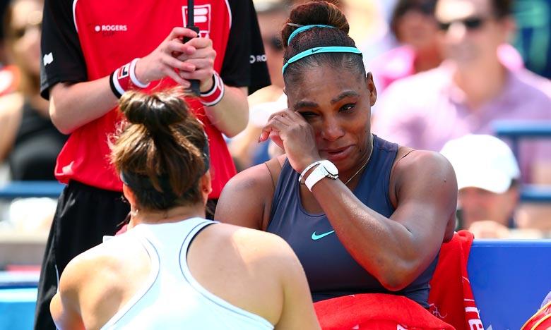 «Bianca, tu es une grande sportive», a lancé Serena Williams à la Canadienne, venue l'embrasser et la réconforter. Ph :  AFP