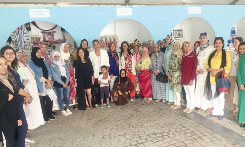 Sur le marché «Au fil du temps», le festival a présenté une exposition sur les richesses du terroir  où 19 coopératives ont présenté jusqu'au 25 août les produits de la région.