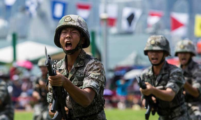 Pékin dépêche des troupes à la frontière