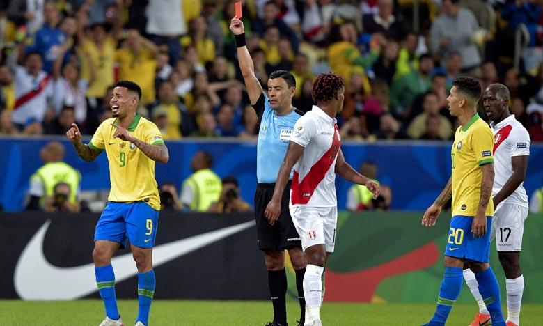 Expulsé face au Pérou en finale de la Copa America, Gabriel Jesus ne pourra pas jouer pendant deux mois avec le Brésil. Ph : AFP