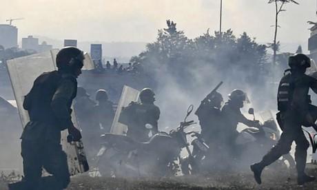 Le Président Maduro suspend les négociations avec l'opposition