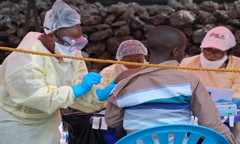 Ebola: Deux nouveaux traitements prometteurs mis au point