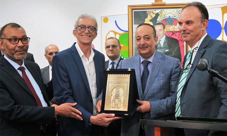Hommage rendu à l'artiste sculpteur et peintre, Ouazzani Abdelkader, jeudi 8 août au Centre d'art moderne de Tétouan, en présence du ministre de la Culture et de la communication, Mohamed Laâraj