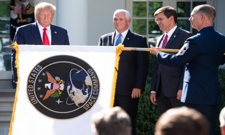 Trump lance Spacecom, un commandement militaire américain de l'espace