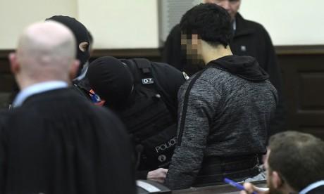 Attentats de Bruxelles: Salah Abdeslam inculpé