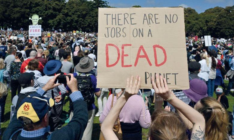 Des centaines de milliers d'écoliers lancent  une grève mondiale