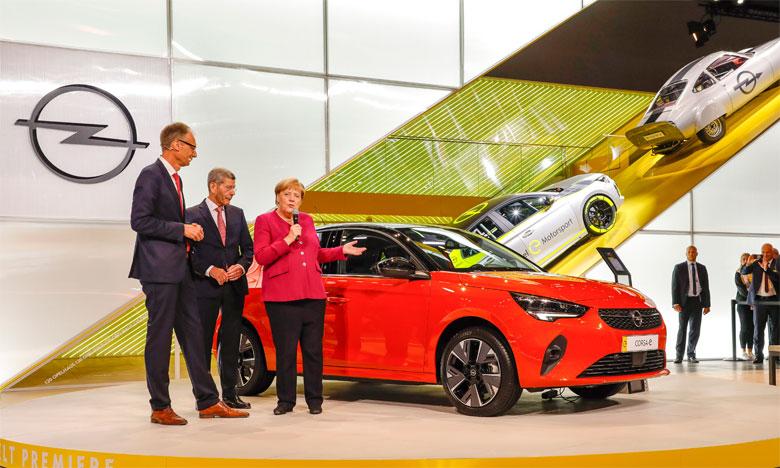 Nouvelles Astra, Corsa et Grandland X hybride rechargeable