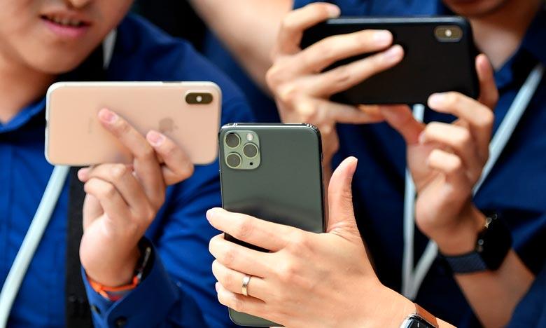 «L'attaque sophistiquée était très concentrée, ce n'était pas une exploitation ''massive'' des iPhone telle que ça a été décrit», a affirmé la firme à la pomme. Ph :  AFP