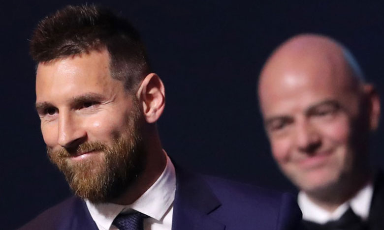 Lionel Messi coiffe Virgil Van Dijk