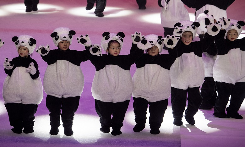Jeux olympiques : la Chine choisit un panda comme mascotte