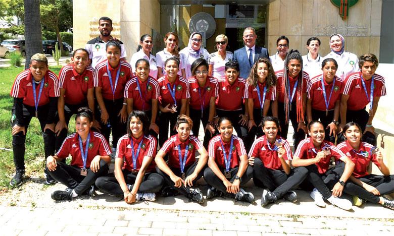Les joueuses de la sélection nationale féminine U20 honorées par la FRMF à Rabat