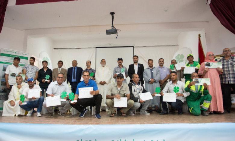 Hommage aux employés ayant assuré la propreté de la ville le jour de l'Aïd Al Adha