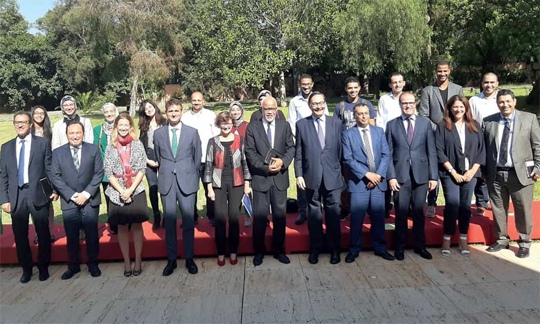Après cinq mois d'activité, la phase de Pré-sortie du projet a pris fin avec la sélection de 20 secteurs prioritaires pour le développement économique du Maroc sur lesquels les étudiants vont travailler au sein des universités espagnoles.