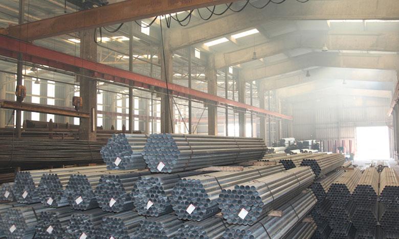 Un droit additionnel de 25% sur les importations de tubes et tuyaux en acier ou en fer