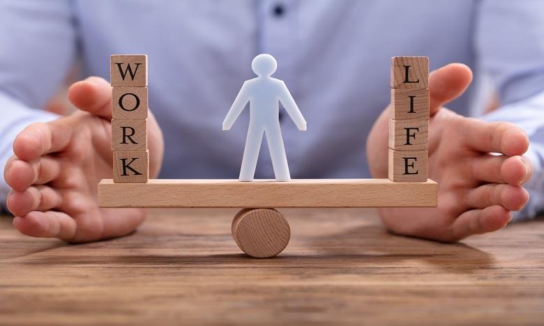Il est recommandé de bien se concentrer sur chaque action, qu'elle soit personnelle ou professionnelle, et d'éviter les « voleurs de temps et d'énergies. Ph : shutterstock.