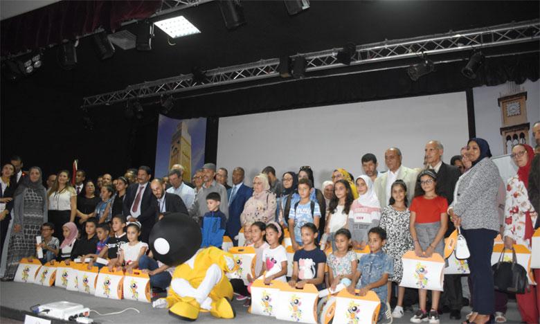 Les représentants de BIC Maroc ont récompensé les gagnants de la troisième édition du concours «Dessine ta Réussite» Ph. Seddik