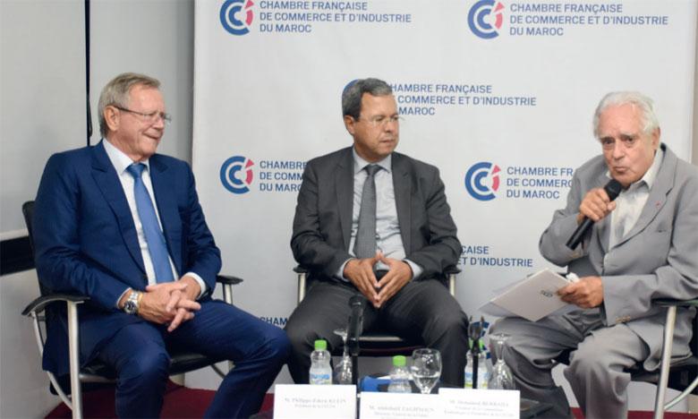 La CDG est dotée d'une capacité d'investissement de 3 milliard DH sur les 5 prochaines années, en tant qu'investisseur stratégique dans des secteurs économiques clés, selon Abdellatif Zaghnoun (au centre). Ph. Seddik