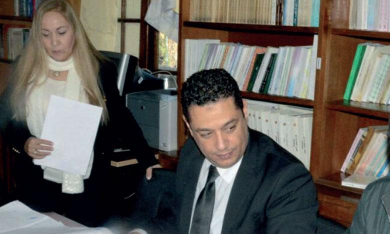 L'association REINS lors d'une de ses campagnes de signature du registre de don d'organes à Casablanca.