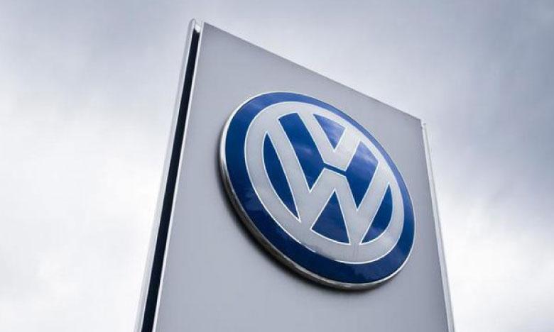 Plus de 450.000 personnes sur le dos du constructeur allemand Volkswagen
