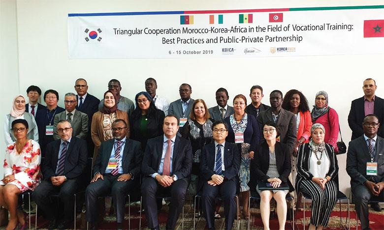 Cérémonie de clôture de la deuxième session de la coopération triangulaire Maroc-Corée du Sud-Afrique.