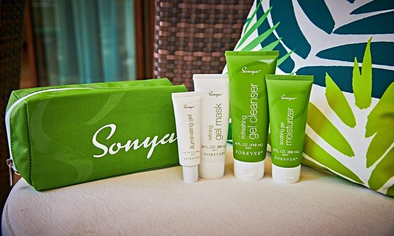 Baptisée Sonya, cette gamme composée de quatre produits permet de réguler la production du sébum et d'assurer une hydratation optimale de la peau. Ph. DR