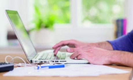 Une maturité personnelle et professionnelle est fortement recommandée comme critère de choix  des collaborateurs qui peuvent s'inscrire dans la logique de travail à distance.       Ph. Shutterstock
