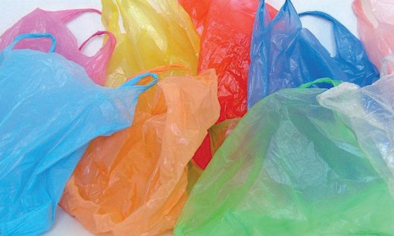 Deux ateliers de fabrication de sacs plastiques démantelés