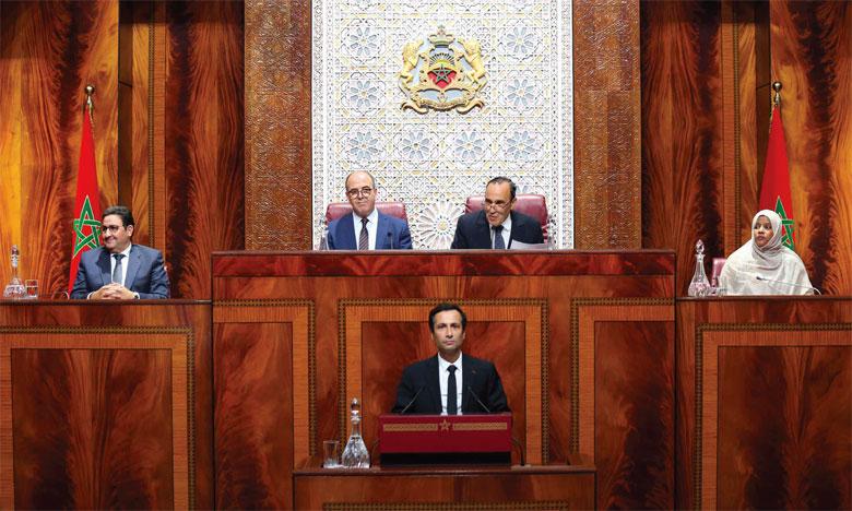 Mohamed Benchaâboun expose les priorités du gouvernement devant les membres des deux Chambres du Parlement