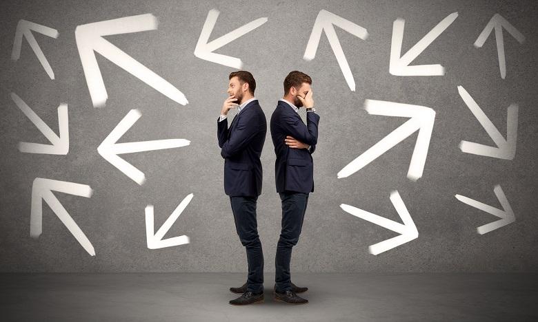 Les collaborateurs indécis risquent de nuire au bon fonctionnement du travail, causant des retards et une baisse de compétitivité pour l'entreprise. Ph : shutterstock.