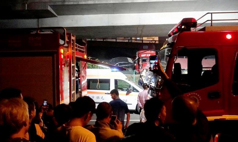 Trois morts dans l'effondrement d'un pont en Chine