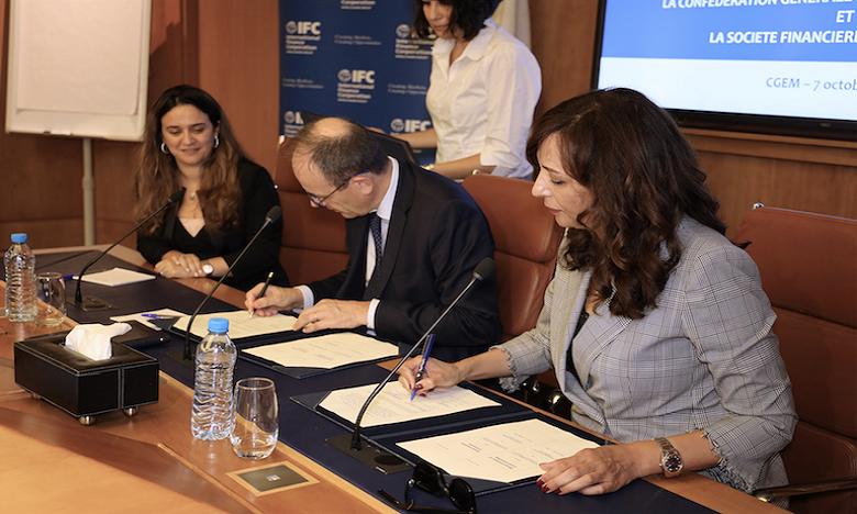 Le mémorandum s'assigne pour objectif, entre autres, de plaider en faveur d'un meilleur cadre de concurrence et de soutenir les actions en faveur de l'employabilité des femmes en entreprise. Ph : DR.