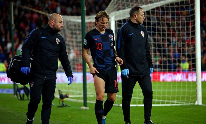 Real Madrid :  Luka Modric  blessé