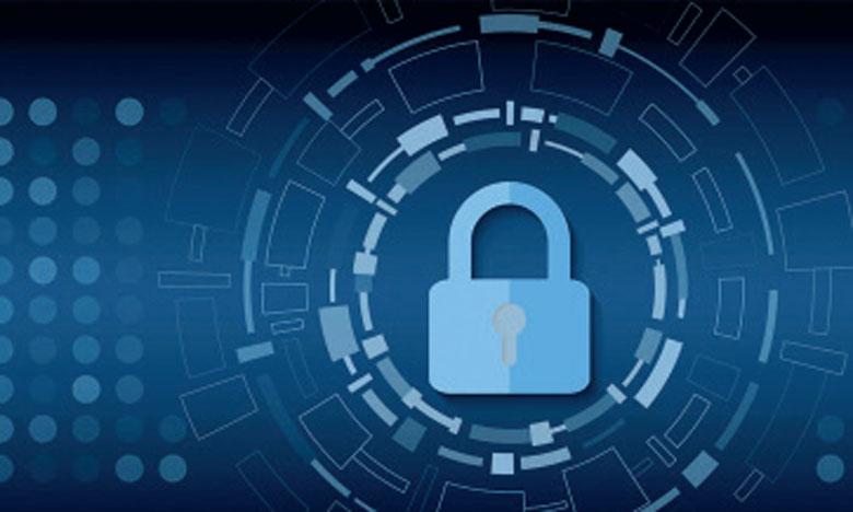Pour assurer leurs protections, Kaspersky incite les utilisateurs à disposer non seulement d'une solution antivirus capable de traiter les objets infectés mais également un pare-feu, une fonctionnalité anti-rootkits (un processus caché qui modifie le comportement du système d'exploitation) et un contrôle sur les périphériques.