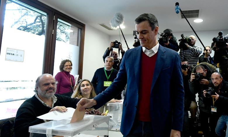 Le PSOE a gagné avec 28% des voix et 120 sièges au Congrès des députés, selon les résultats quasi-définitifs. Ph. AFP