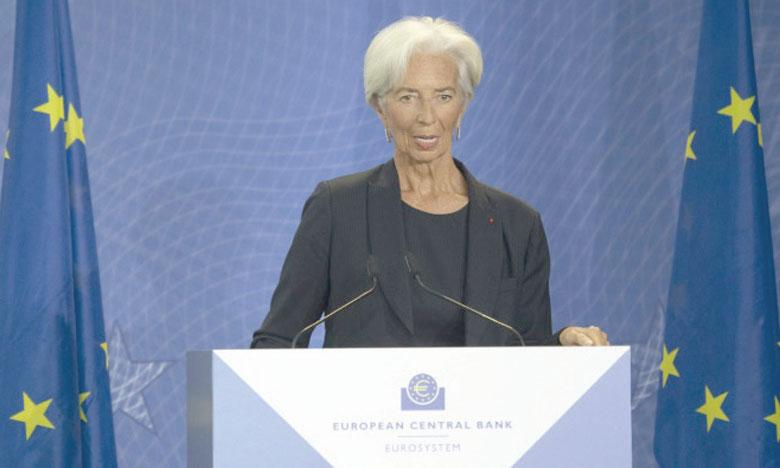 Mme Lagarde, première femme à prendre la présidence de la BCE, a connu une ascension professionnelle rythmée par les crises. Ph. AFP