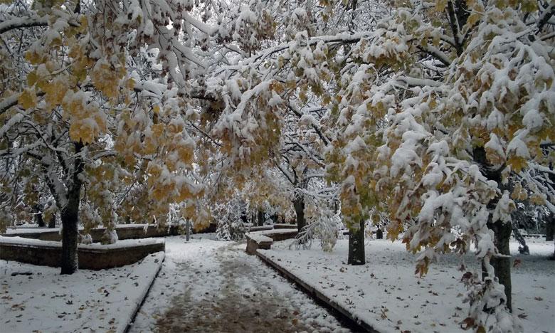 Ifrane figure parmi les villes du pays où il a neigé tout au long du weekend dernier.