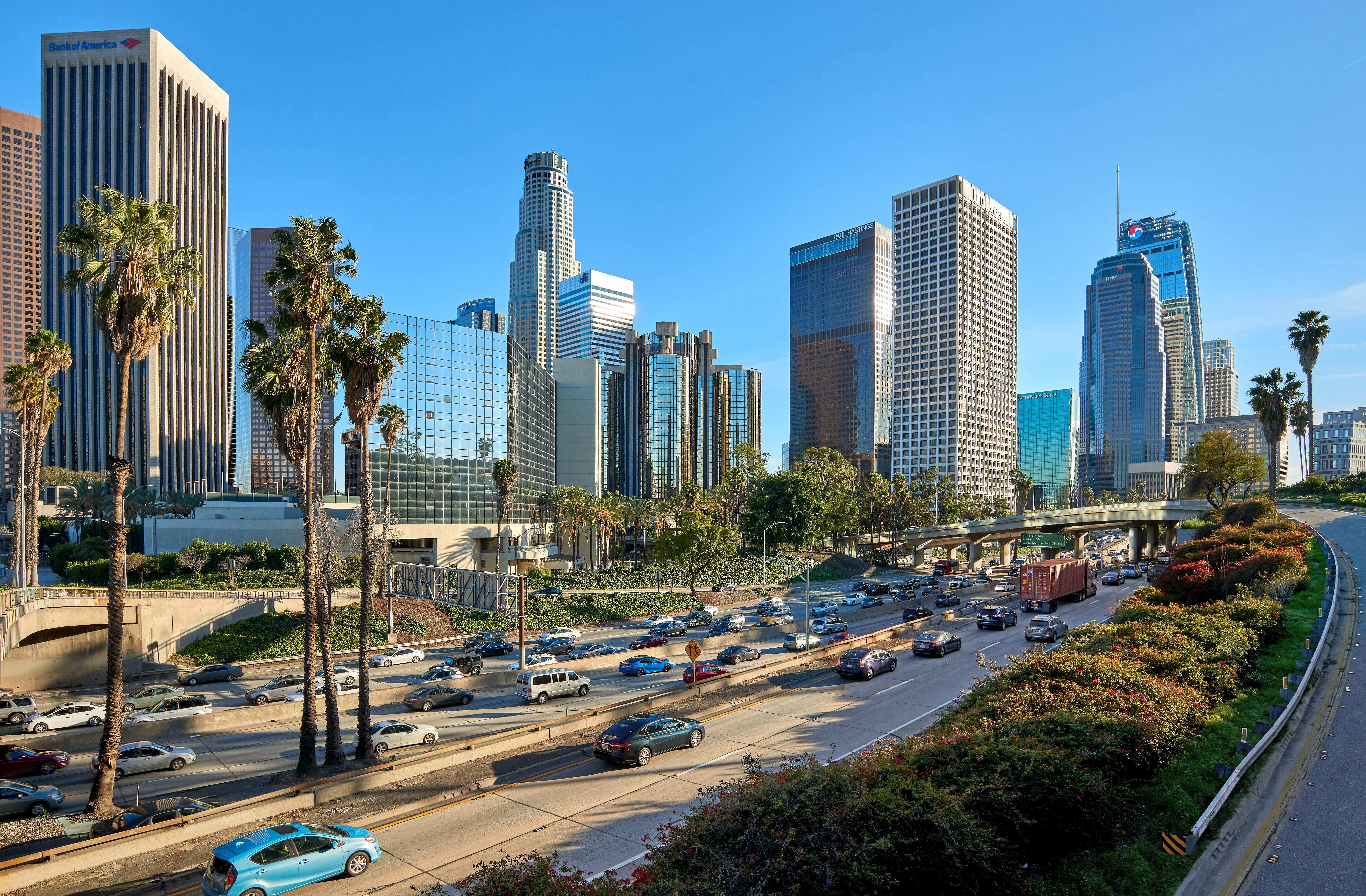 l'ancien Maire de Los Angeles, Antonio Villaraigosa, a remis à S.A.R. la Princesse Lalla Hasnaa une Proclamation de l'Assemblée et du Sénat de l'Etat de la Californie décrétant cette Journée. Ph. Shutterstock