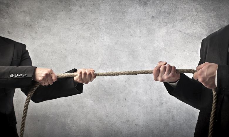Quelques soient les points de divergence, il est important de garder le respect en milieu professionnel. Ph : shutterstock.