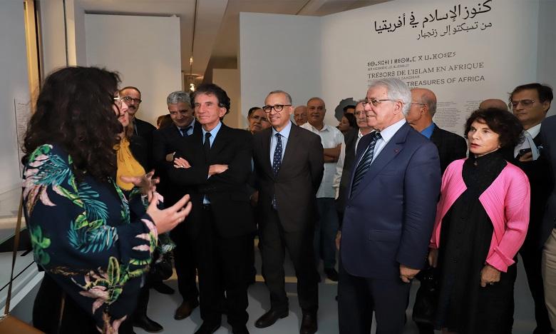 """La Biennale de Rabat et l'exposition """"Trésors de l'Islam en Afrique"""" dépassent la barre de 100.000 visiteurs"""