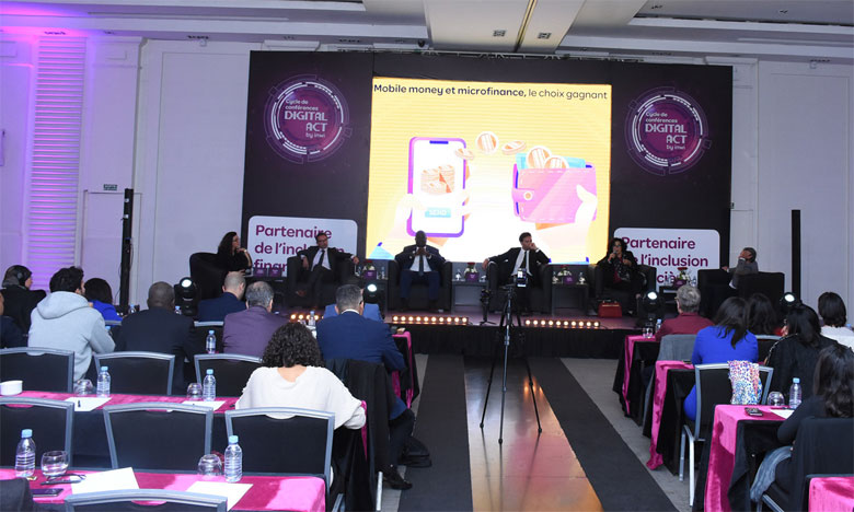 Le deuxième colloque du cycle de conférence «Digital Act by inwi»  s'est tenu sous le thème ««Microfinance et assurance : les services avancés du mobile money - La data au centre des enjeux». Ph. Saouri