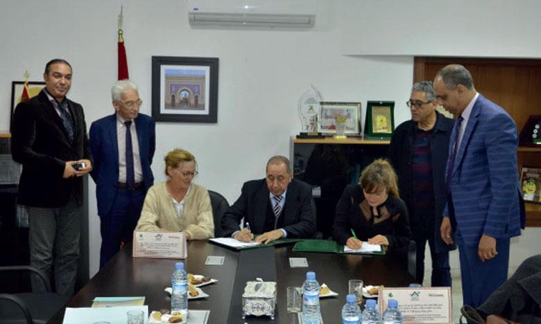 Signature de conventions pour l'installation d'une station de trekking et de trail à Tazouta