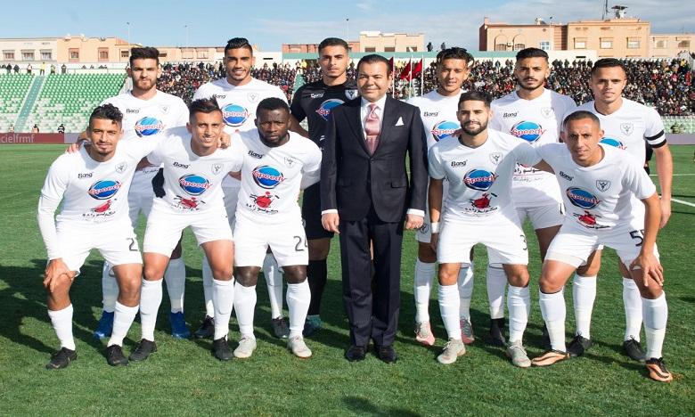 S.A.R. le Prince Moulay Rachid préside à Oujda la finale de la Coupe du Trône de football (2018-2019) opposant le TAS de Casablanca au Hassania d'Agadir