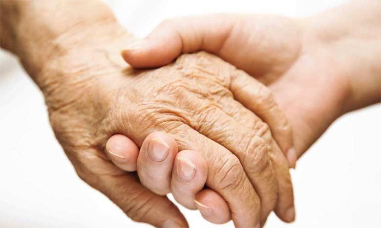 Cérémonie en l'honneur des personnes âgées à la prison locale Aïn Borja