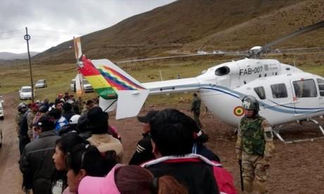 L'hélicoptère du président bolivien atterrit d'urgence
