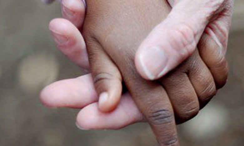 Les enfants privés de famille portés par les bienfaiteurs