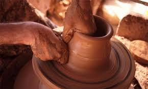 Fès accueillera le 1er Salon national de la Poterie et du Zellij artisanal